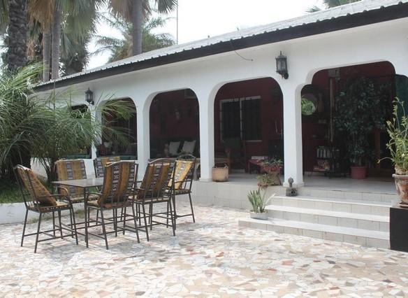 6 bedroom bungalow in brufut gambia