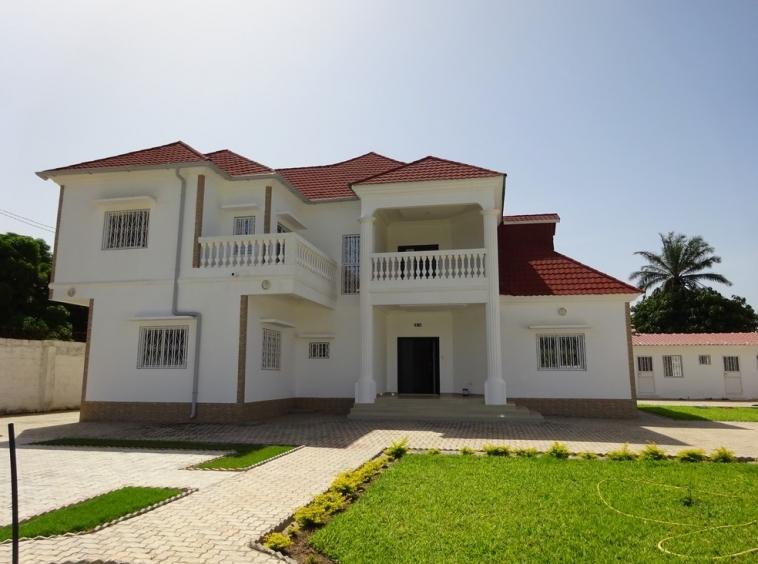 Unfurnished house for rent Bijilo