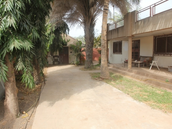 House for sale in Kololi