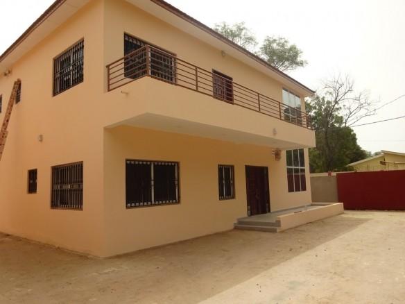 3 Bedroom Houses for Rent in Fajara