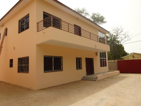 3 Bedroom Houses for Rent in Fajara